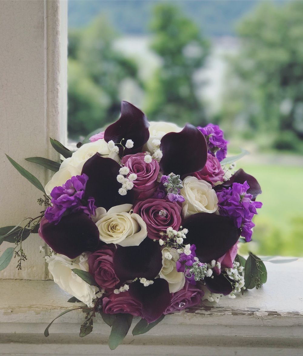 Evelisa Floral & Design: Bride's boquet