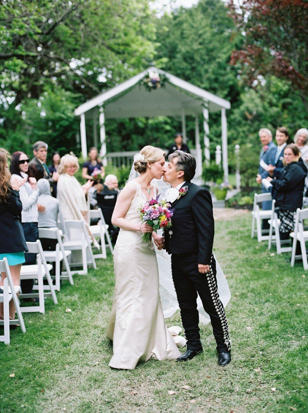 season magnolia manor wedding elisa ignacio czar goss photo 18.jpg