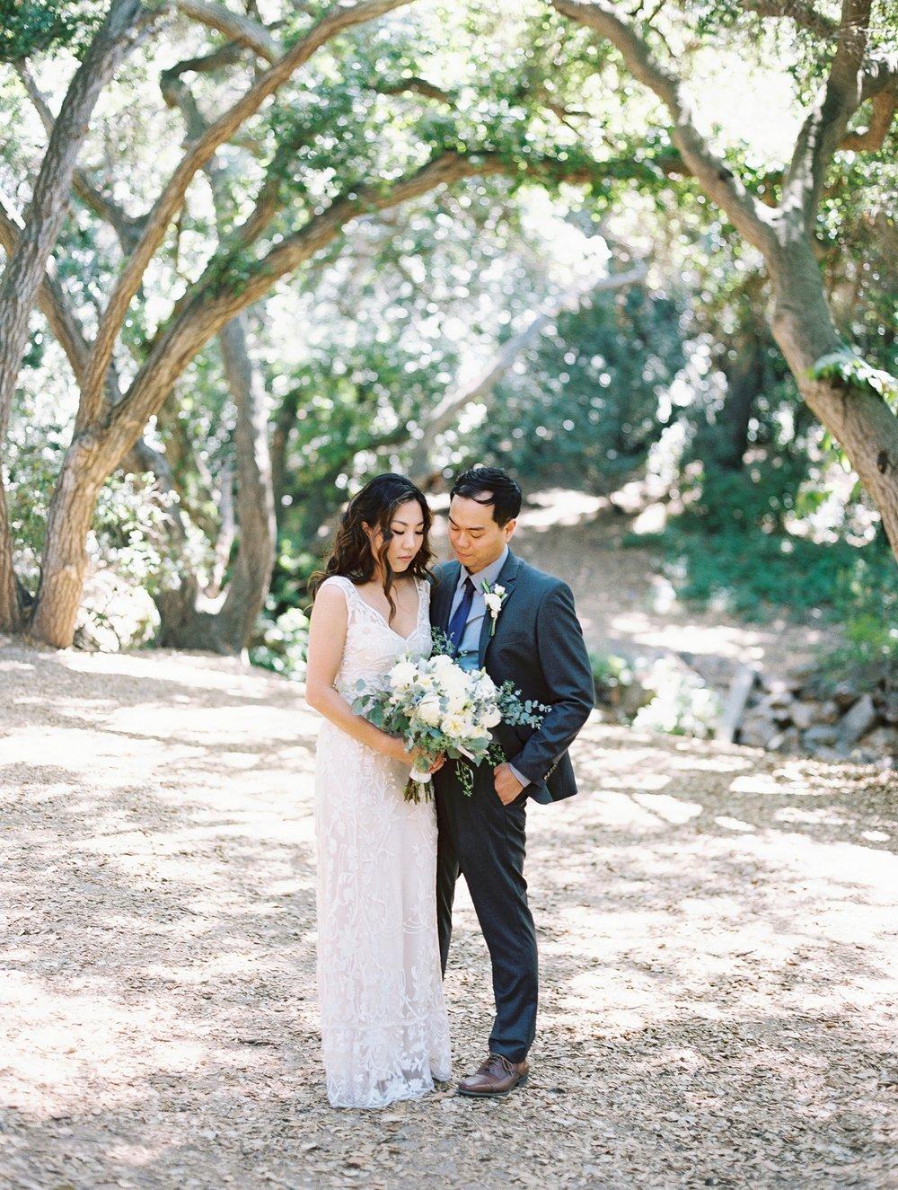 wedding oak canyon nature centure pola and daniel 15.jpg