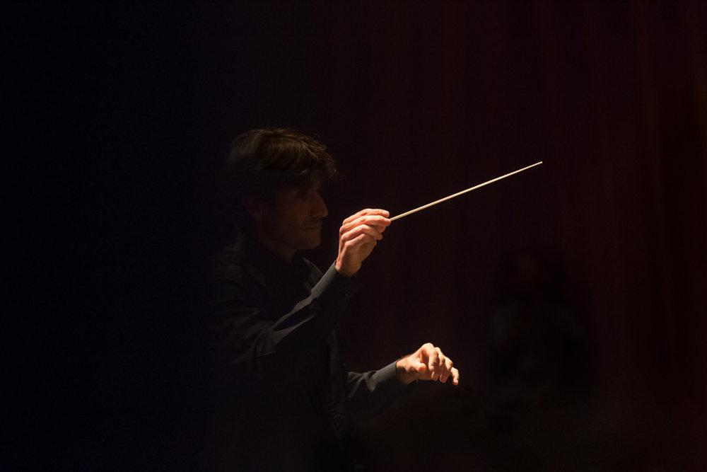 Book-Musicos-Director-Orquesta--02-Fotografo-Nelly-del-Arbo.jpg