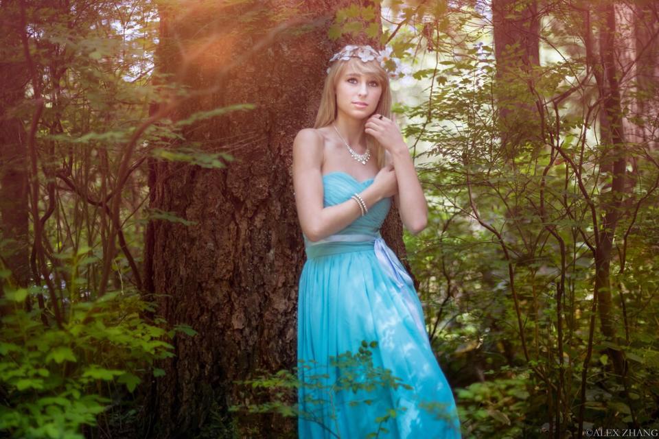 MUA: Sifan Lee (Min) Model: Polina Stringini Photo: Alex Zhang