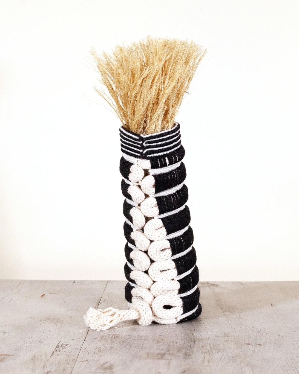 Vase4back_.jpg