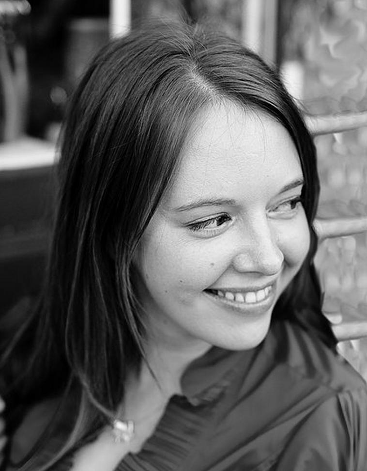 Julie Hendrickson | Owner/Artisan Distant the Dawn Studios