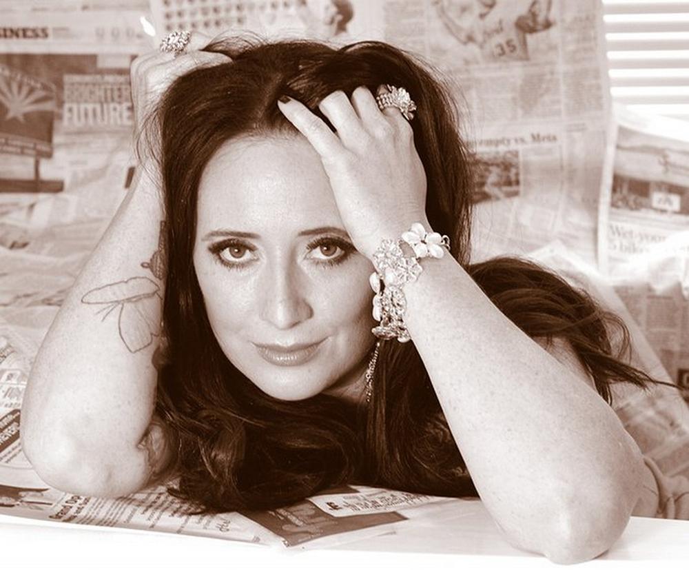 Cherelynn Baker | Makeup Artist, Beauty Blogger, Encourager to the World, & Makeup Univ.