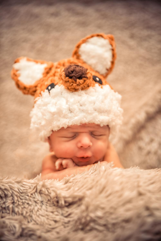 LTH newborn-0022.jpg