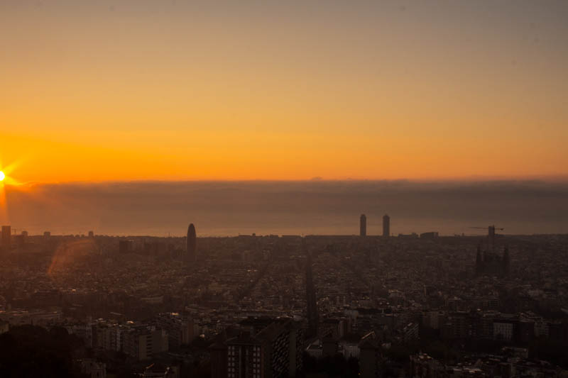 Barcelona-Los-Bunkers-sunrise-orange.jpg