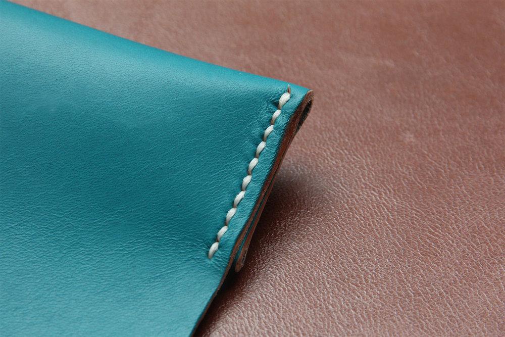 koncept-leather-mouse-pad-by-manchuen-hui-w4.jpg