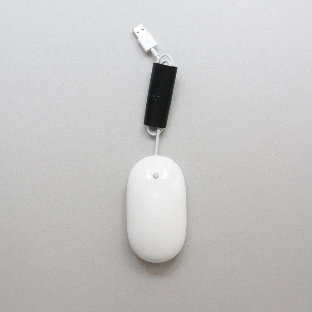 apple-mouse-koncept-cable-organiser-sq2.jpg