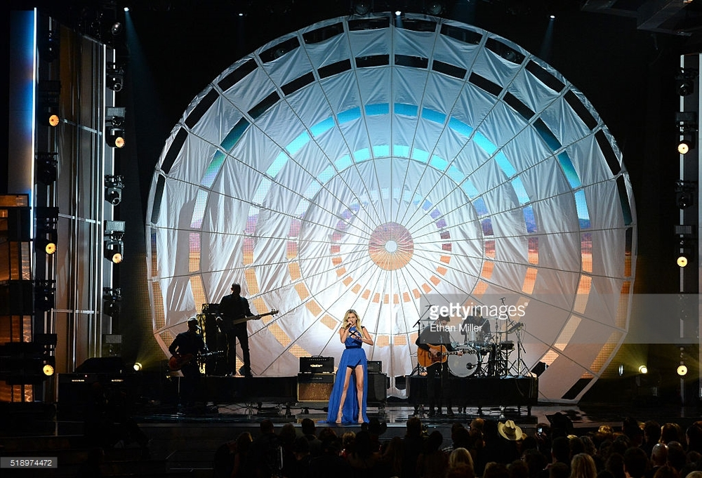 Kelsea Ballerini, ACM Awards 2016