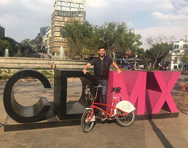 Con @ecobicicdmx la ciudad es mía 🇲🇽😀🇲🇽 #ecobici #bikeshare #cdmx #chilangoforaweek