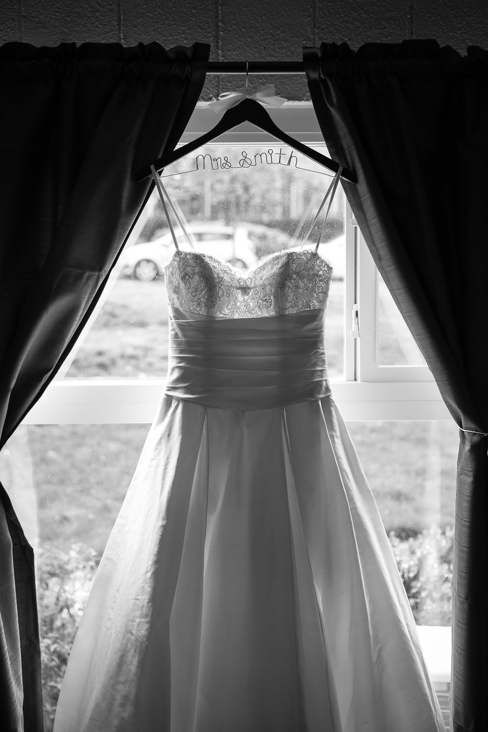 Seattle Community Church Wedding Photography | By G. Lin Photography | Black and white photo of bridal gown