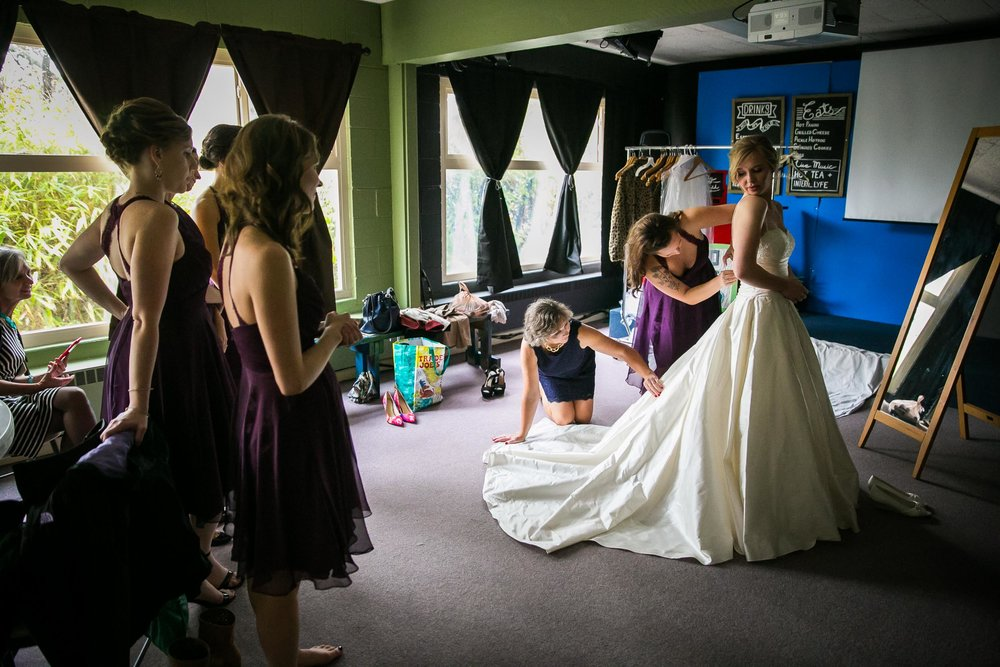 Seattle Community Church Wedding Photography | By G. Lin Photography | Bride trying on wedding gown