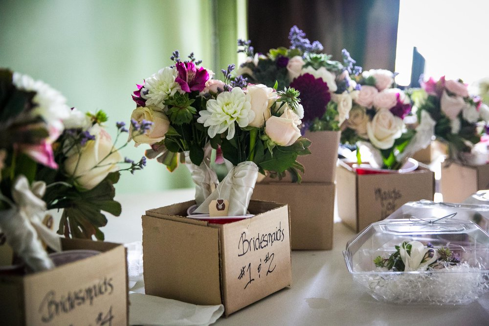Seattle Community Church Wedding Photography | By G. Lin Photography | Flower bouquets