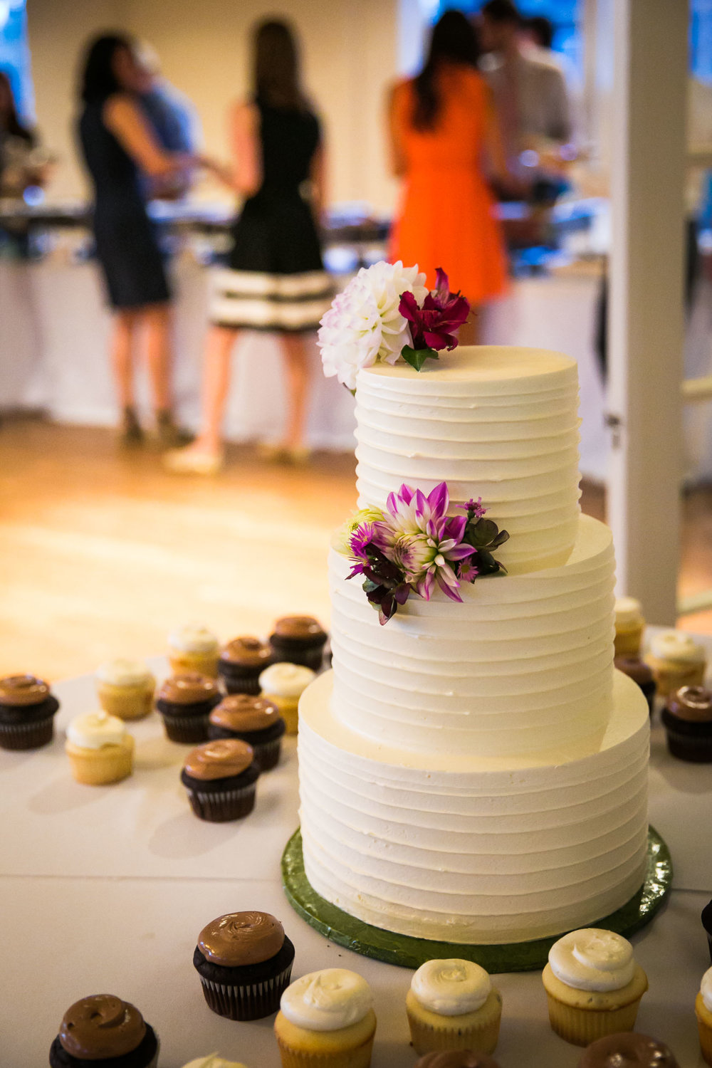 Simple wedding cake | The Hall at Greenlake Wedding Reception Photo | By G. Lin Photography