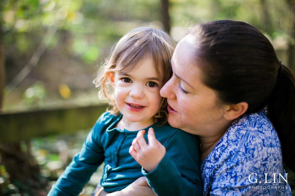 Durham Family Photographer | G. Lin Photography | Mother and daughter hugging and smiling