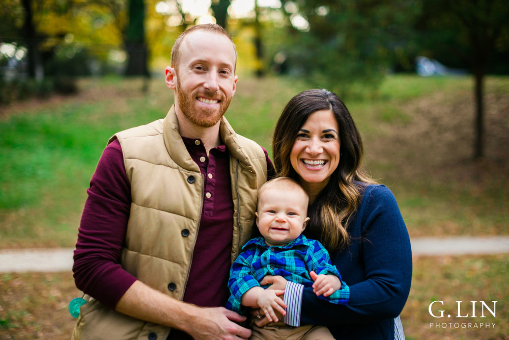 Raleigh Newborn Photographer | G. Lin photography | Classic family shot at oval park in durham