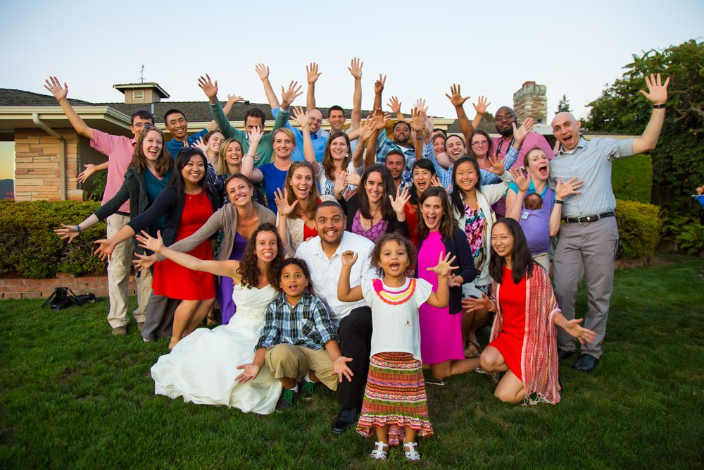 Group Photo of Family and Guests | Seattle Wedding Photographer | By G. Lin Photography