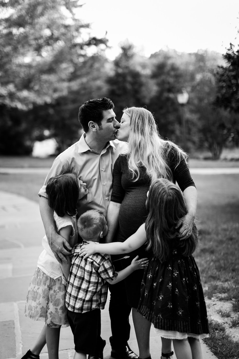 Raleigh Family Photographer | By G. Lin Photography | Family at Duke Campus in Durham, NC