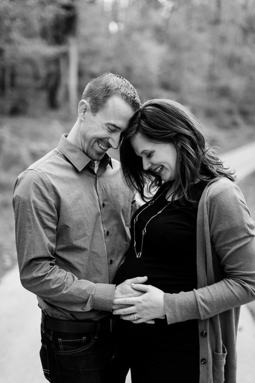 Beautiful black and white maternity photo | Durham Maternity Photographer | By G. Lin Photography