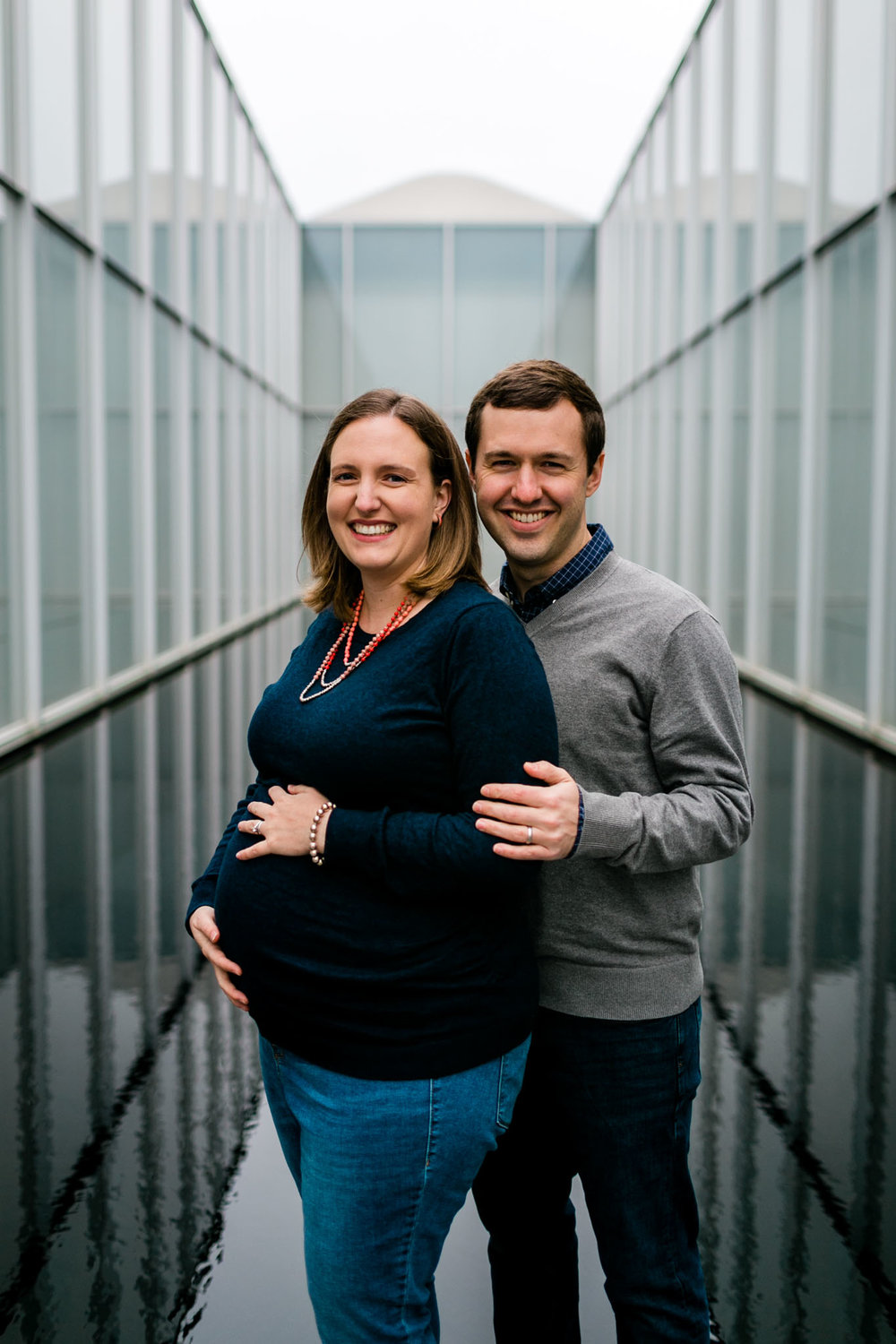 Modern maternity photo at NCMA | Raleigh Maternity Photographer | By G. Lin Photography