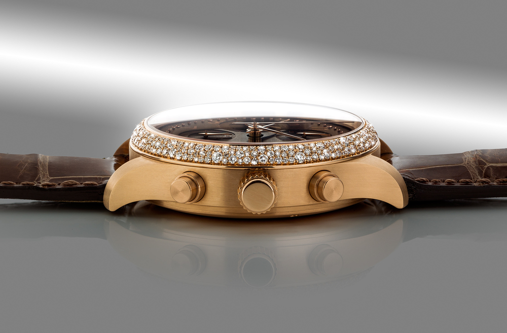 DIAMOND SETTING FOR YORK WATCHES  We created a special diamond setting around the bezel for the prince of Schaumburg - Lippe.