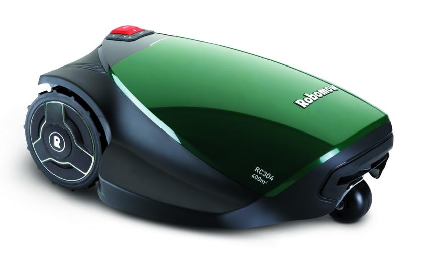 ROBOMOW RC304 pro  Robomow RC304 PRO med GSM är den perfekta klipparen för underhåll av gräsmattor *max 1000m2. Komplett med basstation är den här smarta lilla maskinen effektiv, ekologisk och oerhört sparsam. Med Robomow RC304 PRO med GSM, som är utrustad med alla tekniska fördelar och funktioner som finns tillgängliga för den lilla trädgården, kommer din gräsmatta aldrig att se bättre ut.   PRIS 10999kr    Delbetala 392kr/mån i 36 mån     TILL WEBBUTIKEN