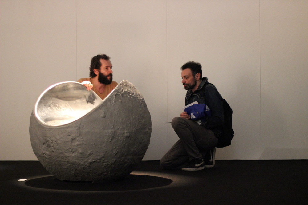 Marco Self e Riccardo Chiozzotto t-sculpt stand - temporary museum for new design