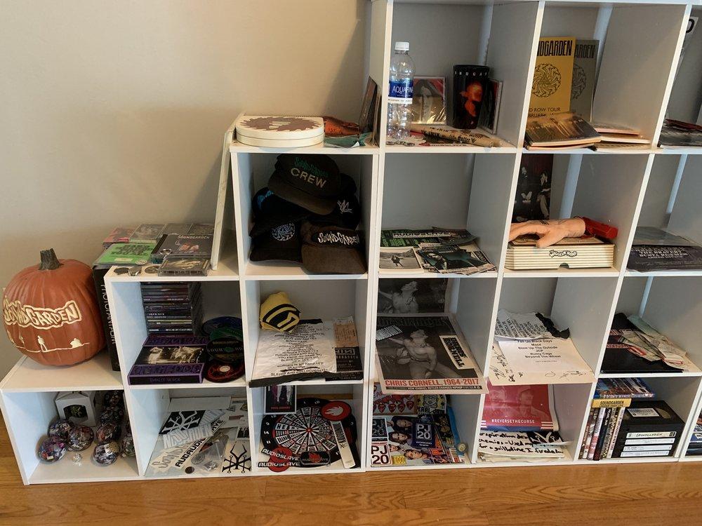 Shelf Left.jpg