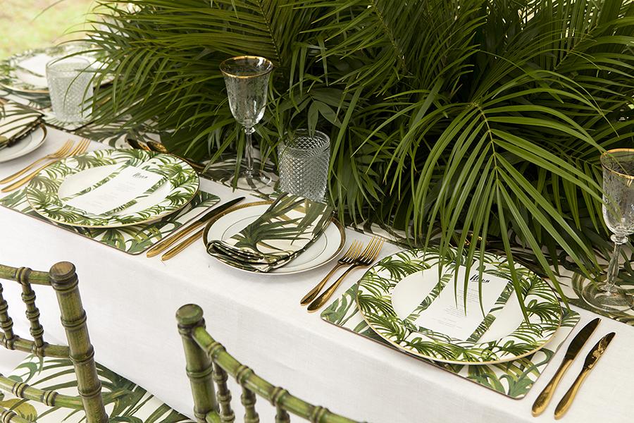 table_palm.jpg