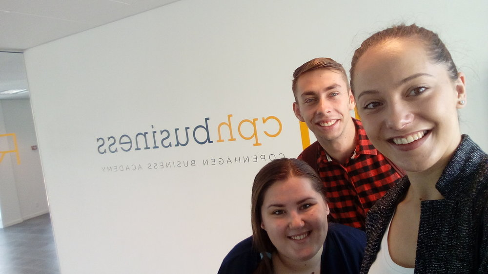 Adriána (in the middle) with her friends at Copenhagen Business Academy.