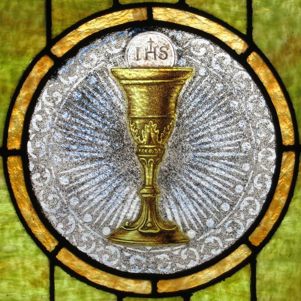 Saint_John_the_Baptist_Catholic_Church_(Dry_Ridge,_Ohio)_-_stained_glass,_Eucharist (1).jpg
