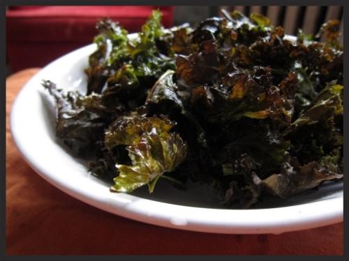 Oven Roasted Kale Crisps || Gluten Free Allies