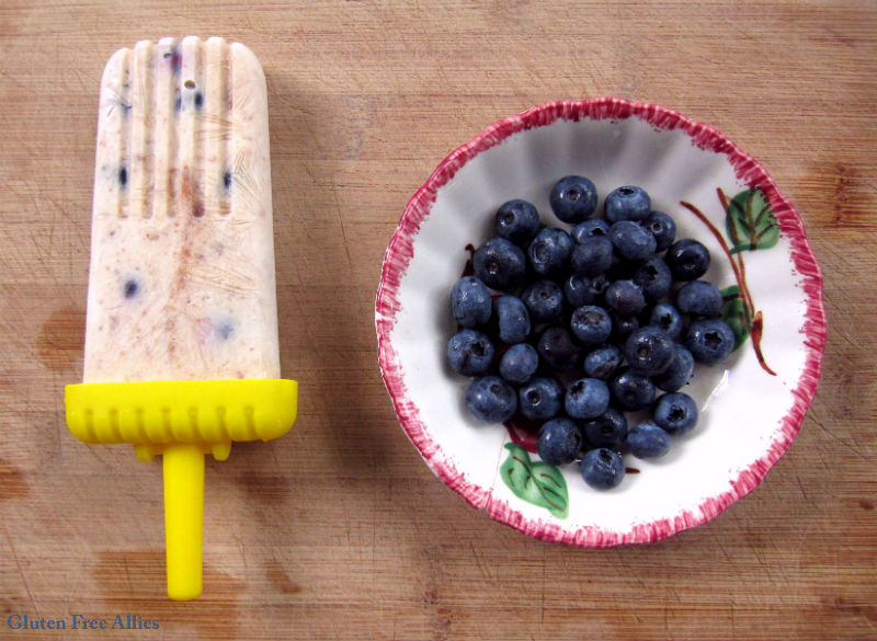 Fig, Blueberry & Goat Cheese Fro-Yo Popsicles | Gluten Free Allies