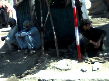 Afghan squat 07