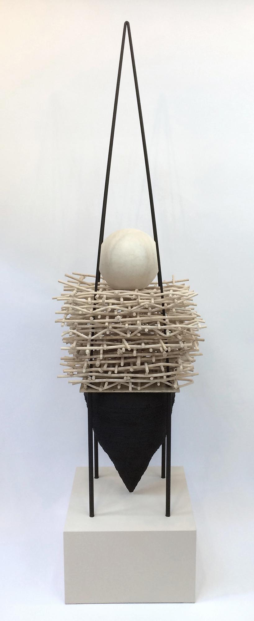 Nesting : Hold