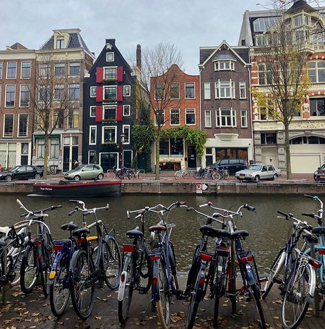 Don't miss this opportunity to discuss pressing global issues and visit the iconic canals and narrow houses of the Dutch capital! • Our partners, AUCMUN, will soon be holding their conference at Amsterdam University College! The conference will be filled with a new round of riveting topics, unforgettable experiences and stimulating debates during our 3-day conference between April 5-7, 2019! • Apply now at www.aucmun.nl, delegate registration deadline is the 24th of February 2019! . . . . . #WebMUN2019 #aucmun2019 #amsterdam #partners #revolutionizingwebmuns #WebsterVienna #modelunitednations #vienna #mun #conference #modelun #internationalrelations #internationalstudent #visitamsterdam #amsterdam_streets
