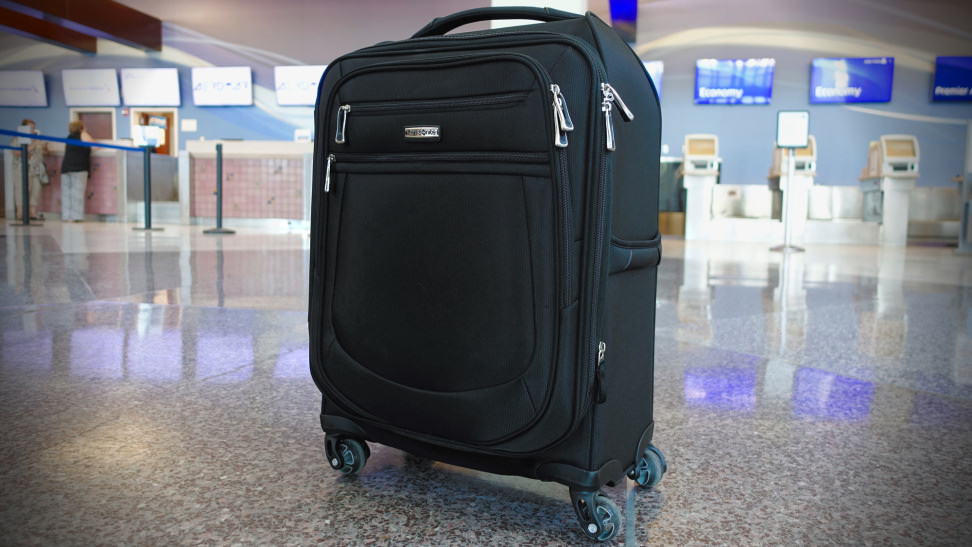 Samsonite-MightLight-2-21-inch-Spinner-.jpg
