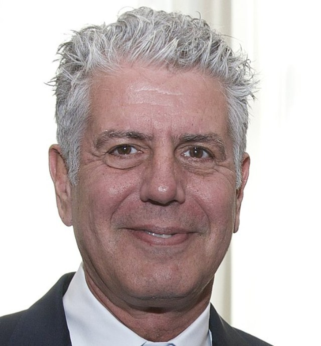 555px-Anthony_Bourdain_2014_cropped.jpg