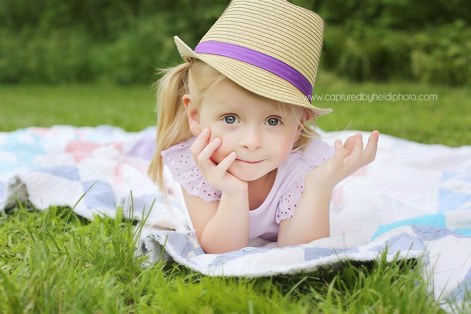 1-central-iowa-children-photographer-huxley-desmoines-johnston.png
