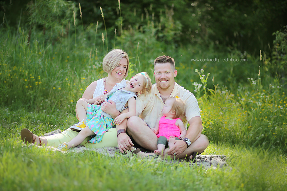 1central-iowa-family-photographer-huxley-desmoines-yellow-banks-park-pleasant-hill.png