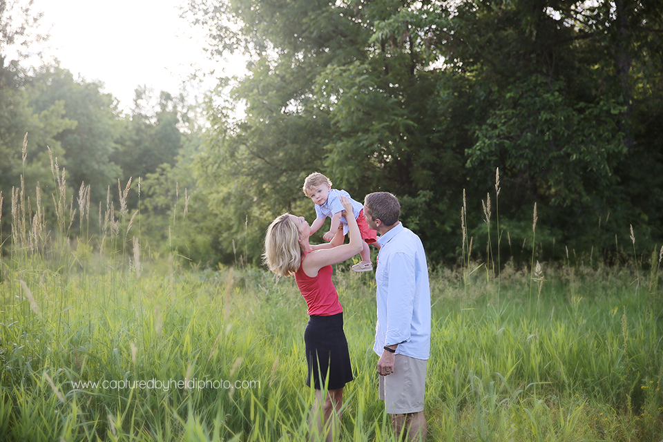 6-central-iowa-family-photographer-huxley-desmoines-ankeny-pleasant-hill-yellow-banks-park-capturedbyheidi.png