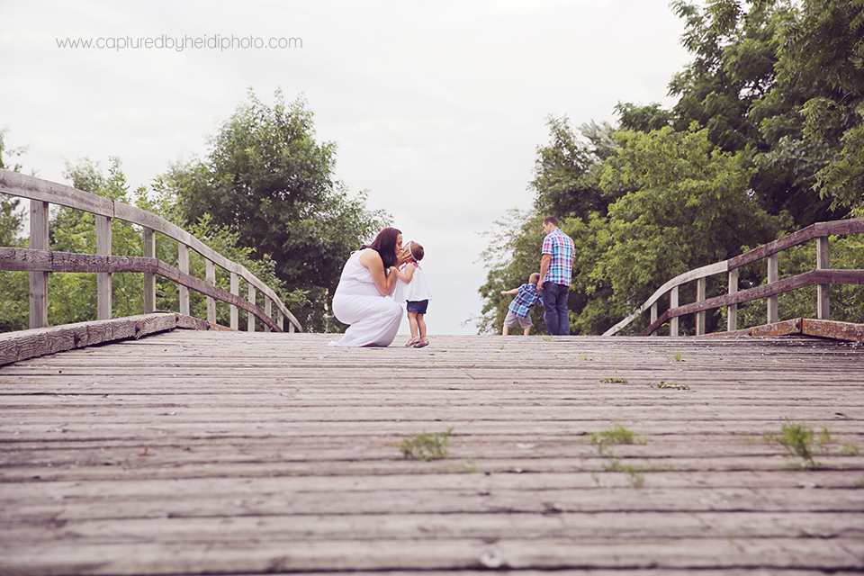 11-central-iowa-newborn-maternity-photographer-captured-by-heidi-hicks-huxley-desmoines-waukee-centerville.png