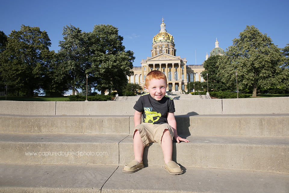 20-central-iowa-photographer-captured-by-heidi-down-town-des-moines-family-session-huxley-desmoines-ankeny-wickware.png