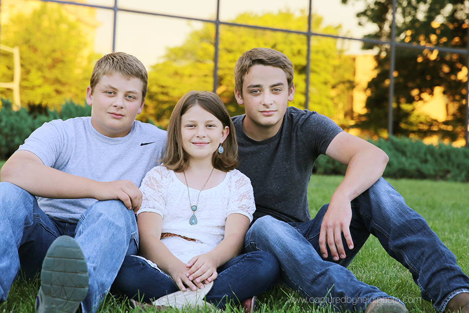 5-central-iowa-family-photographer-down-town-des-moines-huxley-ankeny-norwalk-karnes.png
