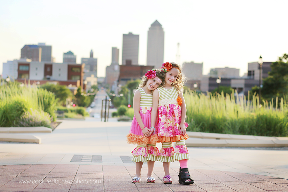4-central-iowa-downtown-desmoines-photographer-family-children-session-huxley-desmoines-johnston.png