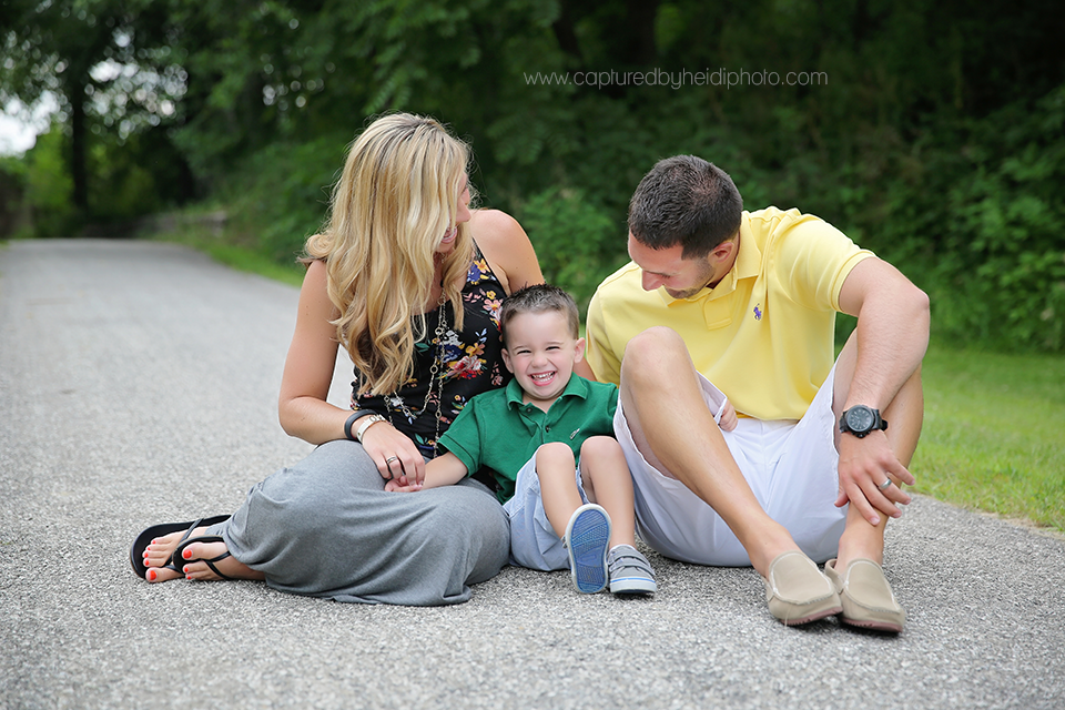 4-central-iowa-family-photographer-huxley-ames-capturedbyheidi-danielle-tommy-mangino.png