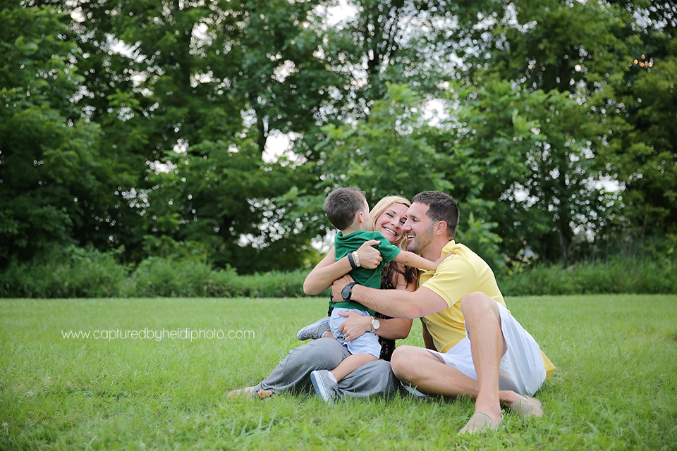 12-central-iowa-family-photographer-huxley-ames-capturedbyheidi-danielle-tommy-mangino.png