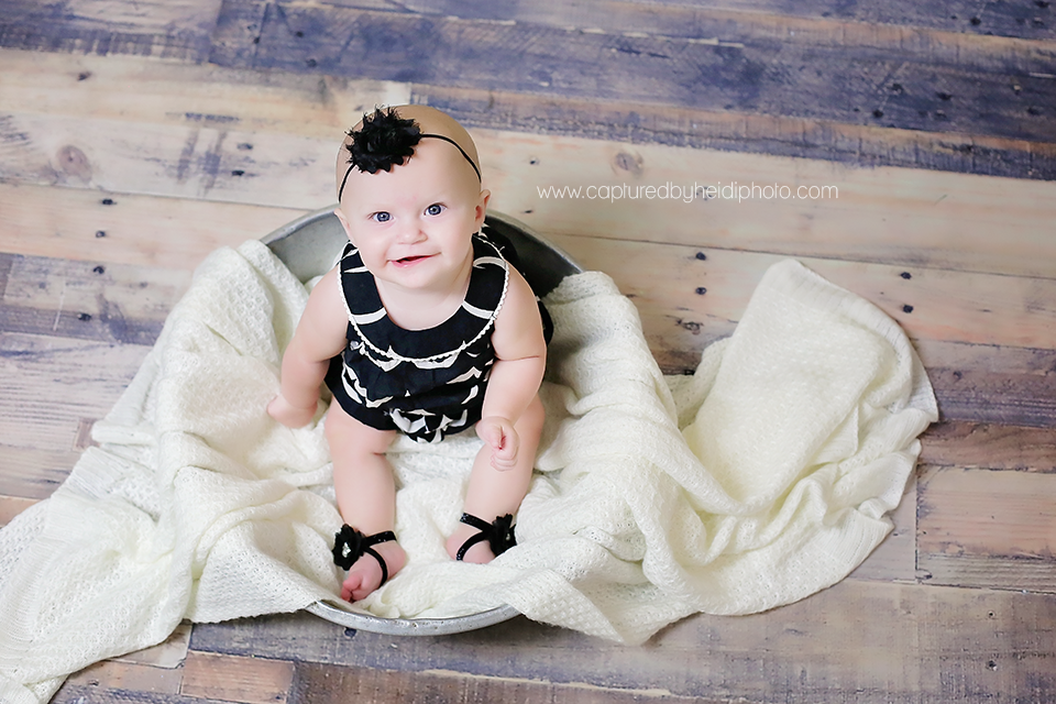1central-iowa-baby-photographer-capturedbyheidi-huxley-desmoines-indianola.png