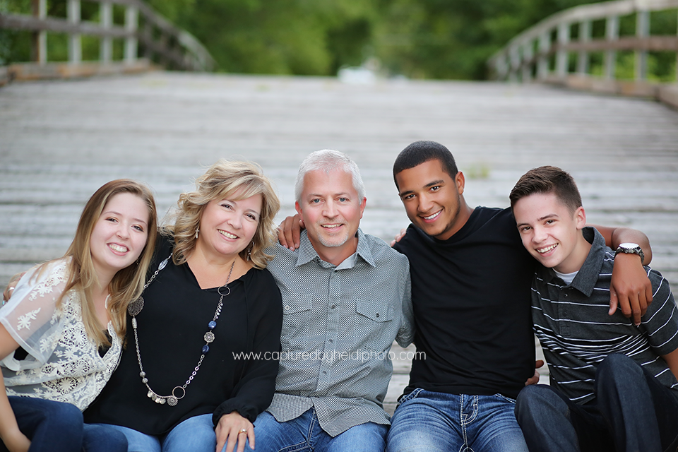1-central-iowa-family-photographer-huxley-ames-ankeny-begg-family.png