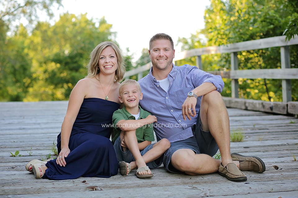 2-central-iowa-family-photographer-huxley-ames-ankeney-waukee-captured-by-heidi-fuhrman-family-pictures.png